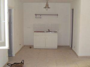 Location appartement 2 pièces 45 m² Saint-Brès - 498 €