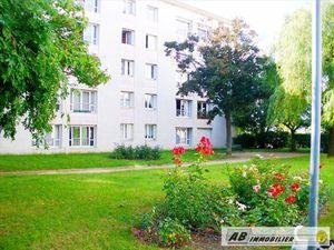 Appartement 3 pièces 65 m² à louer Poissy 78300  840 €