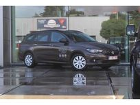 fiat tipo 1.6 multijet easy s&s 216293 https://cloud.leparking.fr/2019/05/22/12/06/fiat-tipo-station-wagon-fiat-tipo-1-6-multijet-easy-s-s-216293-marron_6879855994.jpg