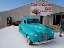 1940 ford coupe https://cloud.leparking.fr/2020/01/15/14/17/ford-hot-rod-1940-ford-coupe-blue_7413328468.jpg