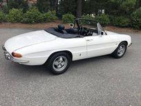 1967 alfa romeo duetto convertible https://cloud.leparking.fr/2020/02/25/00/43/alfa-romeo-spider-duetto-1967-alfa-romeo-duetto-convertible-white_7469264717.jpg