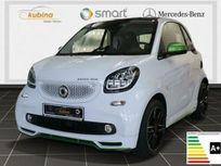smart fortwo ed+ushuaia-edit.+navi+jbl+kamera+sh https://cloud.leparking.fr/2020/03/31/00/06/smart-fortwo-smart-fortwo-electric-drive-ushuaia-edition-navi-jbl-weis_7514440991.jpg