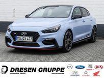 7,8l/100km (komb.),178 g co2/km (komb.) https://cloud.leparking.fr/2020/09/21/01/43/hyundai-i30-fastback-i30-fastback-n-performance-2-0-t-gdi-queverstrebung-panorama-blau_7777666555.jpg