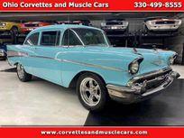 1957 chevrolet 210 american muscle car https://cloud.leparking.fr/2020/11/24/00/25/chevrolet-210-1957-chevrolet-210-american-muscle-car-blue_7871223104.jpg