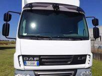 daf 45.180 furgone in lega con sponda https://cloud.leparking.fr/2021/01/21/00/26/daf-45-daf-45-180-furgone-in-lega-con-sponda-bianco_7944853507.jpg