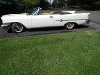 1959 chrysler 300e convertible https://cloud.leparking.fr/2021/03/09/00/40/chrysler-300-series-1959-chrysler-300e-convertible-white_8012270026.jpg