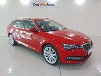 nuevo superb combi style 2,0 tdi 140 kw (190 cv) dsg 7 vel. https://cloud.leparking.fr/2021/03/31/06/30/skoda-superb-combi-nuevo-superb-combi-style-2-0-tdi-140-kw-190-cv-dsg-7-vel-rojo_8047185136.jpg