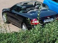 mercedes-benz clk 320 https://cloud.leparking.fr/2021/04/09/08/48/mercedes-clk-cabrio-mercedes-benz-clk-320-schwarz_8060621895.jpg