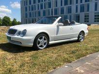 mercedes-benz clk cabrio 430 elegance https://cloud.leparking.fr/2021/04/23/01/37/mercedes-clk-cabriolet-mercedes-benz-clk-cabrio-430-elegance-blanc_8080476038.jpg