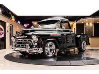 1957 chevrolet 3100 pickup restomod https://cloud.leparking.fr/2021/07/08/12/30/chevrolet-3100-1957-chevrolet-3100-pickup-restomod-black_8197624973.jpg