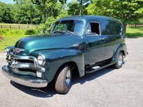 1954 chevrolet 3100 panel truck https://cloud.leparking.fr/2021/07/29/02/54/chevrolet-3100-1954-chevrolet-3100-panel-truck-green_8221433978.jpg