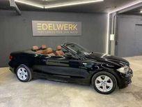bmw 118 i cabrio (e88) https://cloud.leparking.fr/2021/08/20/00/28/bmw-1er-cabrio-bmw-118-i-cabrio-e88-schwarz_8244795400.jpg