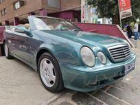 https://cloud.leparking.fr/2021/09/22/07/00/mercedes-clk-cabrio-verde_8279670470.jpg