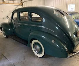 1939 FORD DELUXE 4S