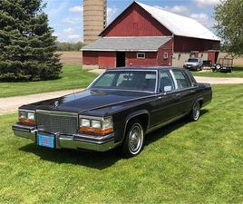 FOR SALE: 1988 CADILLAC BROUGHAM D'ELEGANCE IN FOND DU LAC, WISCONSIN