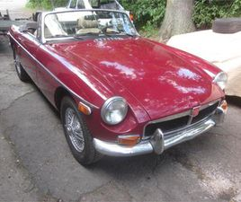 FOR SALE: 1974 MG MGB IN STRATFORD, CONNECTICUT