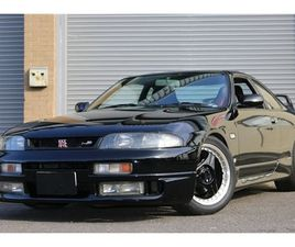 R33 GTST TURBO STUNNING GLOSS BLACK 1993 LOW MILES AND SUPERB !!! NATIONWIDE DELIVERY