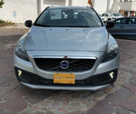 VOLVO V40 1.6 MOMENTUM T4 CROSS COUNTRY MT