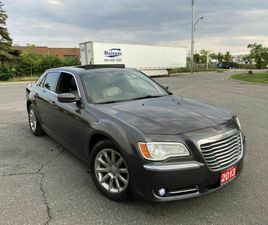 2013 CHRYSLER 300 PANORAMIC SUNROOF, AUTO, LEATHER, BACKUP CAMERA, 3/Y WARRANTY AVAILABLE.