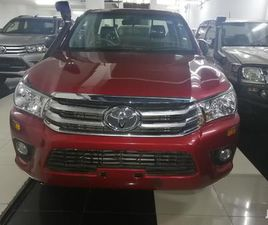 TOYOTA HILUX 2012 RED