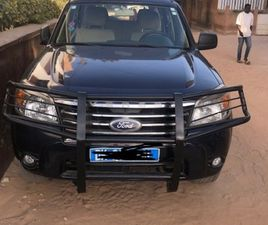 FORD EVEREST 2010 7 PLACES