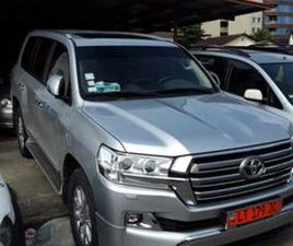 TOYOTA LAND CRUISER GXR V8 2019 FUL OPTIONS ESSENCE BOITE AUTOMATIC OCCASION D EUROPE A VE