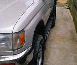 TOYOTA 4RUNNER ESSENCE AUTOMATIQUE 2000 OCCASION EUROPÉENNE FULL OPTIONS 2.7 V6 GLS LUXE B