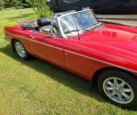FOR SALE: 1974 MG MGB IN BRANFORD, CONNECTICUT