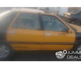 TAXI RENAULT 2