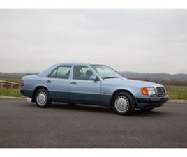 USED 1990 MERCEDES-BENZ 300 W124 300E 8000 MILES FROM NEW SALOON 8,000 MILES IN BLUE FOR S
