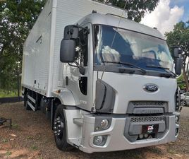 2013 FORD FORD CARGO