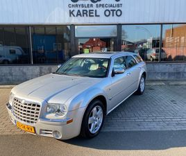 CHRYSLER 300C TOURING HEMI 5.7 V8 AWD