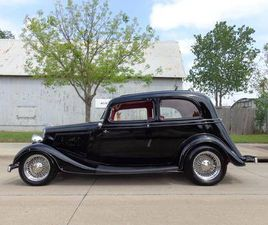 1934 FORD VICTORIA FORD POWERED ALL STEEL STREET ROD
