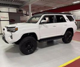 TRD OFF ROAD PREMIUM