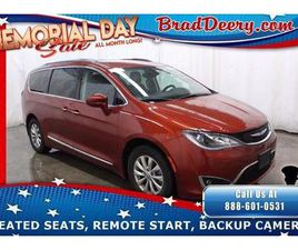 BRONZE COLOR 2018 CHRYSLER PACIFICA TOURING-L FOR SALE IN MAQUOKETA, IA 52060. VIN IS 2C4R