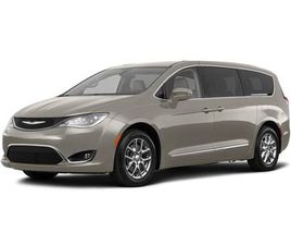 SILVER COLOR 2018 CHRYSLER PACIFICA TOURING PLUS FOR SALE IN SILVER SPRING, MD 20904. VIN