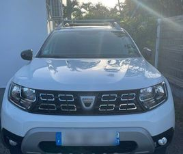 VOITURE DACIA DUSTER BLANCHE