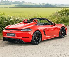 718 SPYDER, EXTENDED LEATHER, BOSE STEREO, BI-XENON LIGHTS WITH PDLS AND PORSCHE WARRANTY