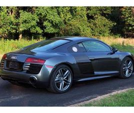 2014 AUDI R8 COUPE 6-SPEED