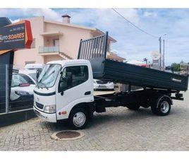 TOYOTA DYNA TRIBASCULANTE A GASÓLEO NA AUTO COMPRA E VENDA