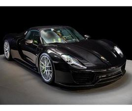 STUNNING LOW MILEAGE 918 SPYDER WITH FULL PORSCHE SERVICE HISTORY