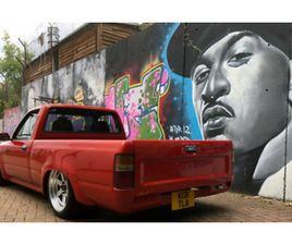 1993 TOYOTA HILUX V8 LOW RIDER DRIFT CAR ?