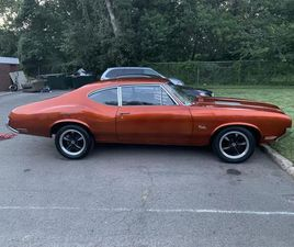 FOR SALE: 1971 OLDSMOBILE CUTLASS IN ROSELLE, NEW JERSEY