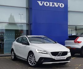 USED 2017 (67) VOLVO V40 T3 [152] CROSS COUNTRY PRO 5DR IN INVERNESS