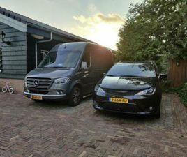 CHRYSLER PACIFICA LIMITED BLACK S EDITION 2 MAANDEN OUD