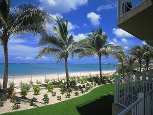 Large ground floor beachfront condo in exclusive gated area close to Cable Beach