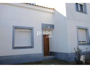 Casa adosada en venta en Pinseque