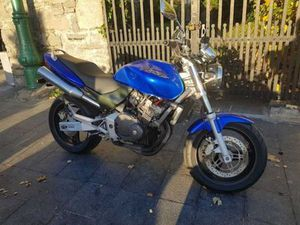 HONDA HORNET 250 BREAKING FOR PARTS MOTO4U