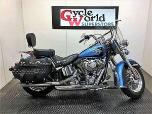 HARLEY-DAVIDSON FLSTC - HERITAGE SOFTAIL® CLASSIC 2011 USED MOTORCYCLE FOR SALE IN TORONTO