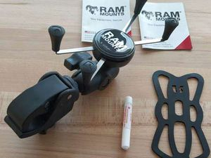 RAM MOUNTS X-GRIP AVEC FIXATION